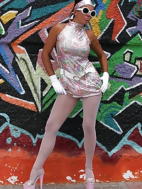 Groovy babe in heels
