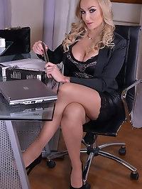 Hot CEO and Her SeXXXretary - Lesbian Office Affair