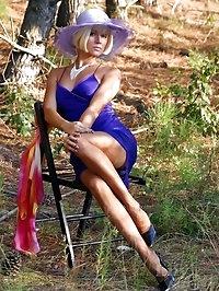 Leggy MILF in stockings outdoor